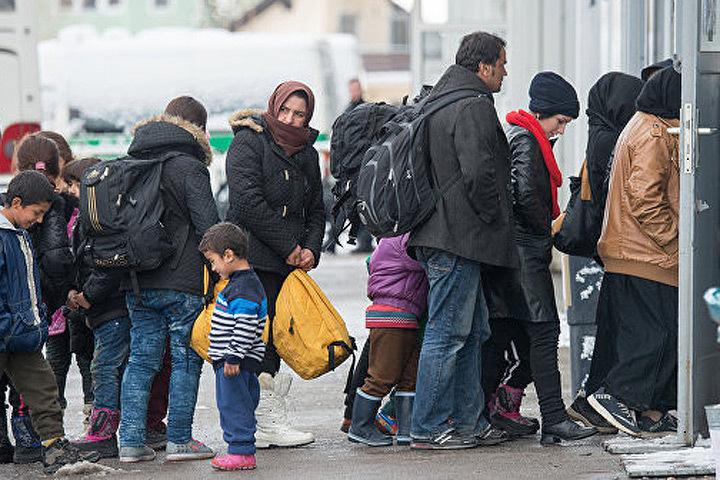 Беженцы ищут способы покинуть Литву в надежде на лучшую жизнь. Фото: с сайта newstes.ru
