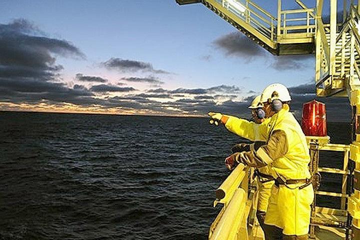 Министерство нефти и энергетики Норвегии намерено удержать нефтяные компании на углеводородных месторождениях. Фото: с сайта barentsobserver.com