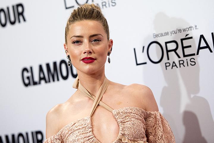 По мнению продюсеров картины, актриса намеренно избегала съемок в обнаженных сценах