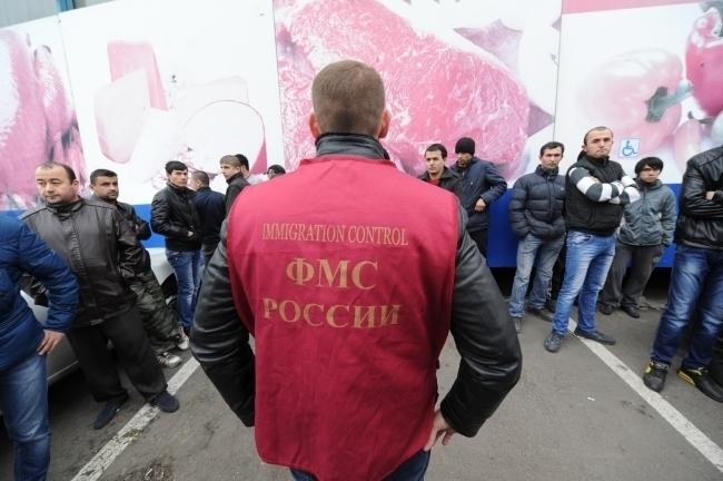 Квота на этот год предполагала более 125 тысяч разрешений на временное проживание в России