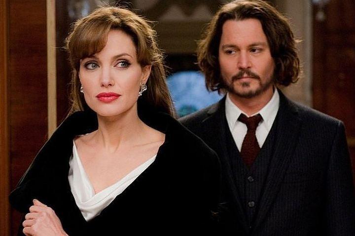 """Анджелина Джоли и Джонни Депп в картине """"Турист"""". Фото: кадр из фильма."""