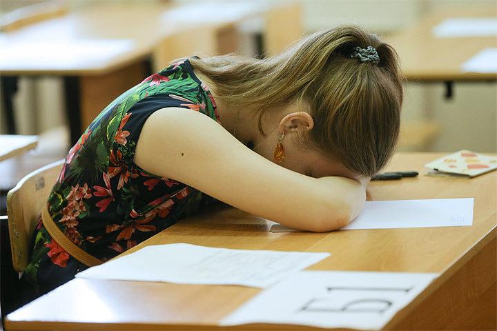 В Латвии могут продлить учебный год на пару недель.