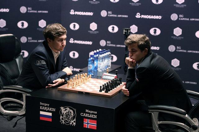 В Нью-Йорке продолжается борьба за шахматную корону