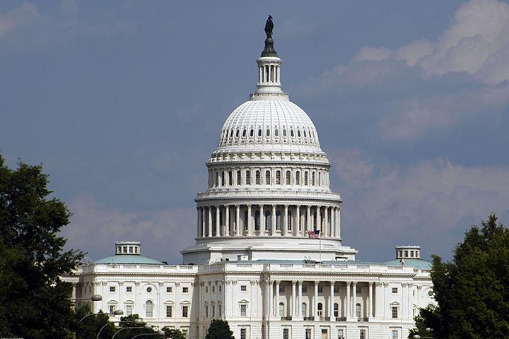 Палата представителей конгресса США приняла законопроект о финансировании американских разведслужб в 2017 году