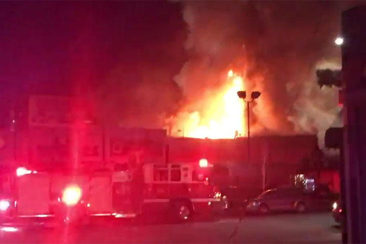 Пожар навечеринке вКалифорнии привел к смерти 9-ти человек