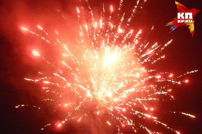 ВКурске разрешили запускать новогодние фейерверки на10 площадках