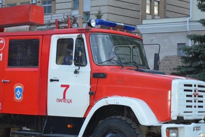 Супруги отравились угарным газом впожаре вЛипецкой области