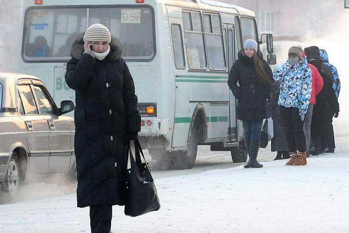 Морозные выходные ожидают Кузбасс на текущей неделе, снег иветер сохранятся