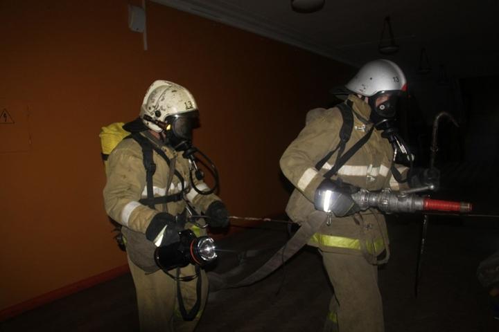ВБрянске изгоревшей пятиэтажки эвакуировали семерых жильцов