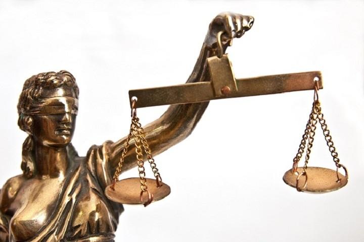 Судью Конституционного суда Татарстана признали виновным вмошенничестве