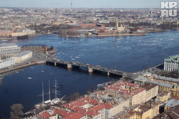 Известному Дворцовому мосту вПетербурге исполняется 100 лет