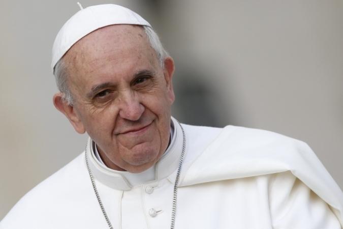 Папа Римский врождественском послании попросил мира для Сирии иУкраины