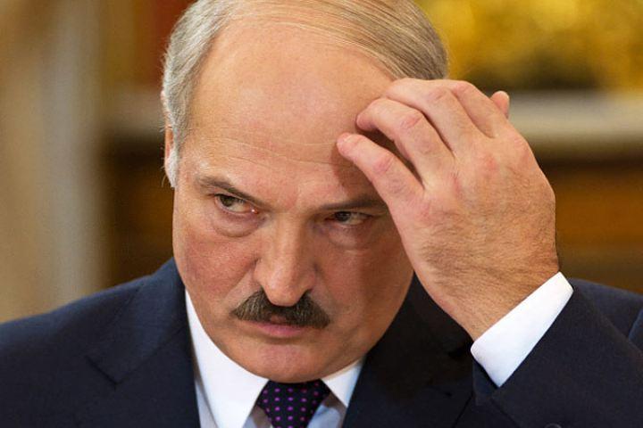 Лукашенко: «Белорусов до сих пор пытаются представить людьми без рода и племени».