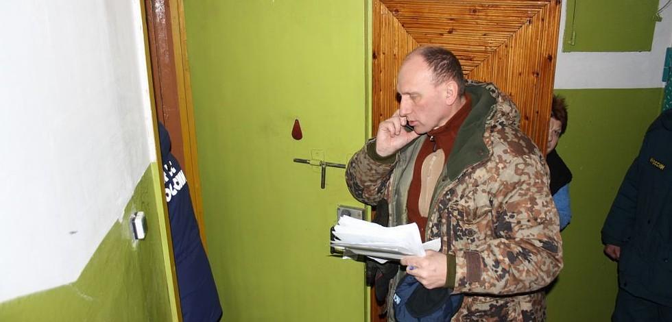 Мэр Воркуты лично обходит все квартиры в поселке
