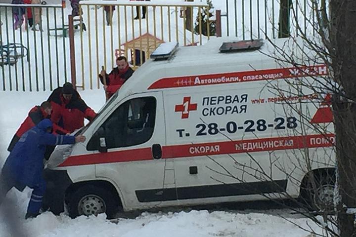 Губернатор поручил поднять все резервы, чтобы быстро расчистить Воронеж отснега
