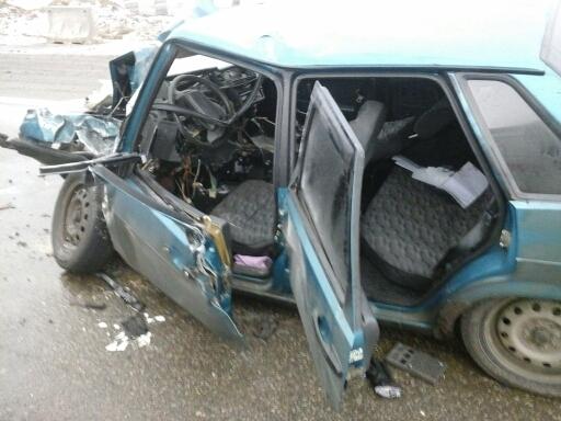 Под Ростовом встолкновении микроавтобуса иВАЗа пострадали два человека