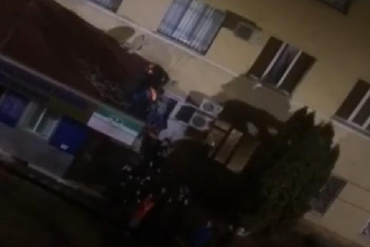 ВМахачкале задержанный выпрыгнул с4 этажа отделения милиции Дагестан