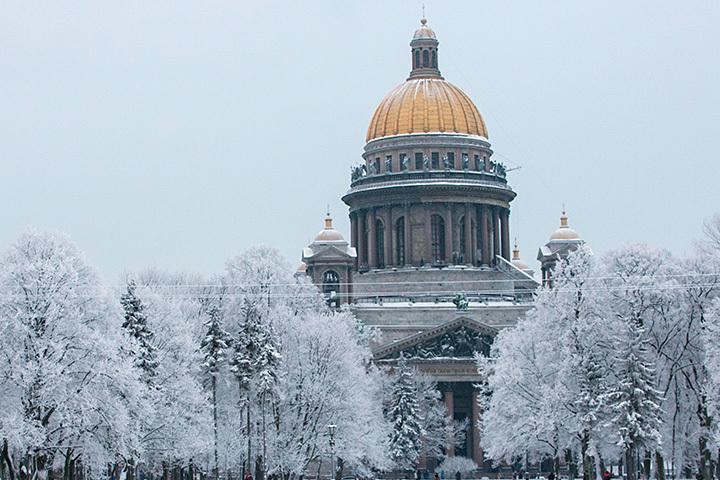 Босс Эрмитажа попросил патриарха отложить передачу Исаакия РПЦ