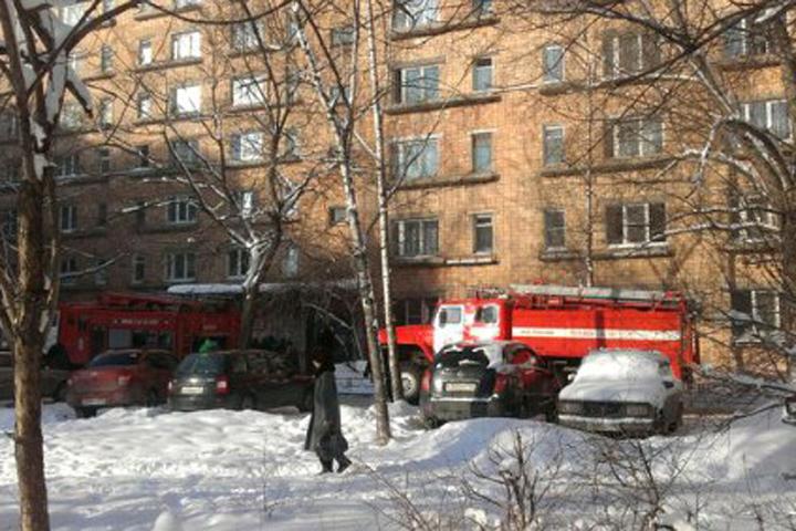 ВНижнем вспыхнул интенсивный пожар: десятки людей выбегали наулицу босиком