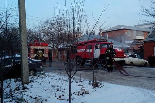 Наулице Головатого вКраснодаре впожаре были эвакуированы 5 человек