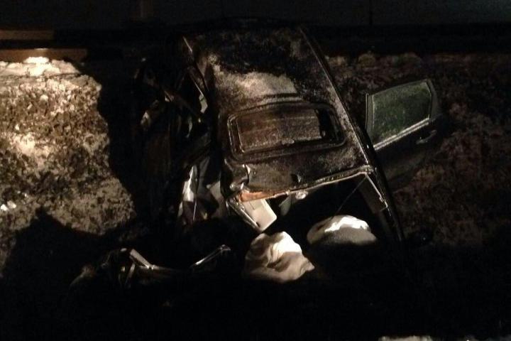 Девушка-водитель выехала напути перед электричкой, вкоторой ехали 100 пассажиров