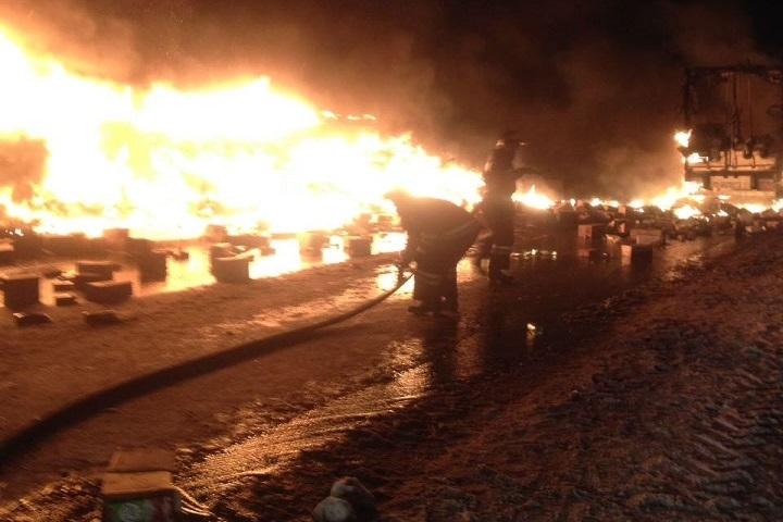 Массовое ДТП натрассе вТатарстане: сгорела груженная фура изБашкирии