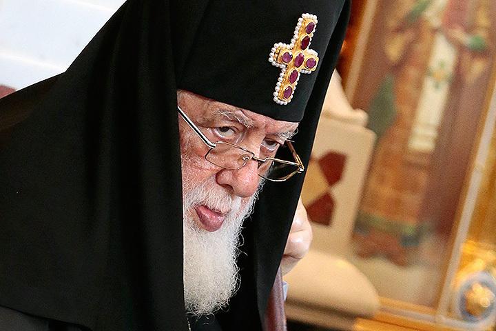 Патриарха Грузии обокрали впроцессе его лечения вГермании