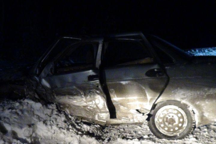Уставший шофёр спровоцировал смертельное ДТП натрассе Серов— Ивдель
