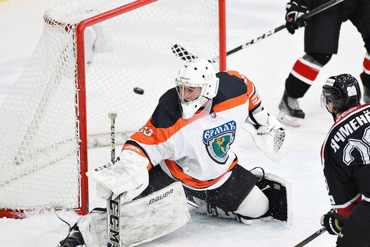 «Зауралье» сравняло счет всерии 1/8 финала плей-офф ВХЛ с«Соколом»