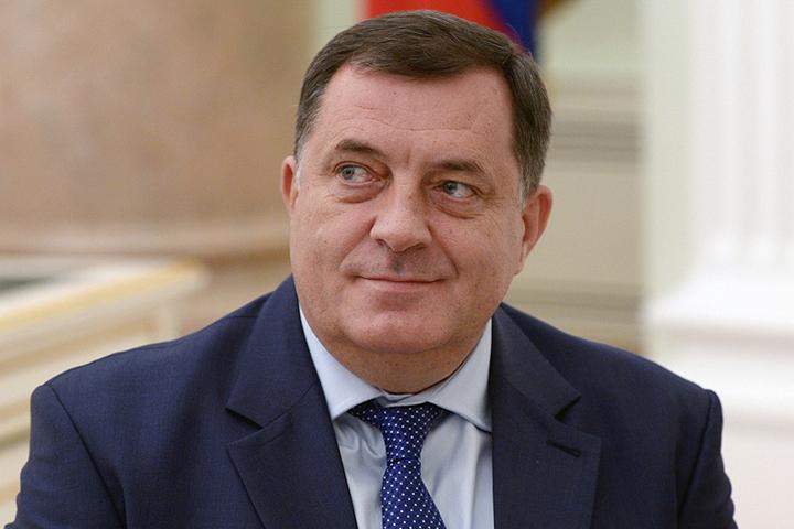 Президент Республики Сербской поведал, как США грозили ему иего семье