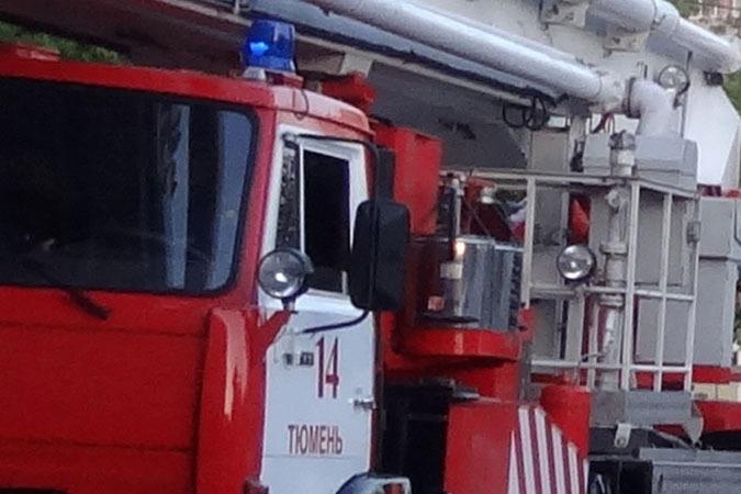 Наулице Бабарынка из-за горящего электрощита эвакуировали весь подъезд