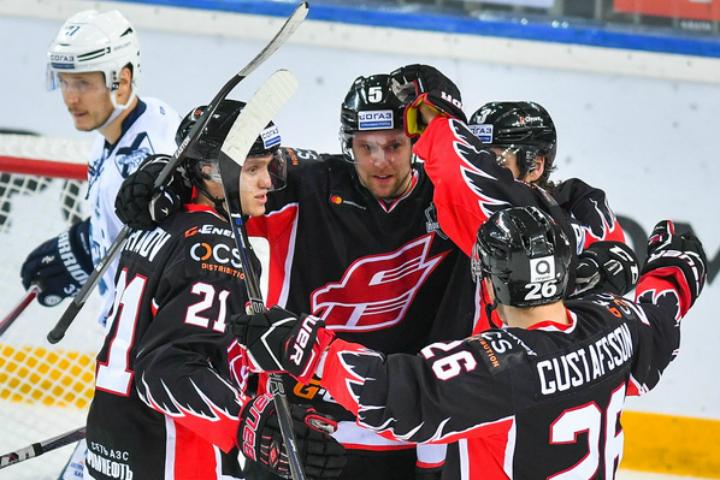 «Авангард» стал конкурентом «АкБарса» пополуфиналу «Востока»