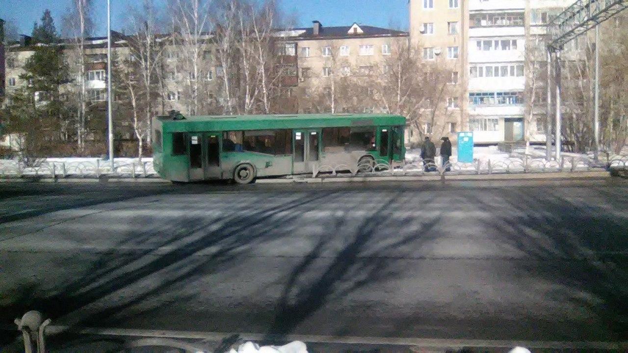 Тюменская Госавтоинспекция проверяет ДТП с«автобусом без водителя»