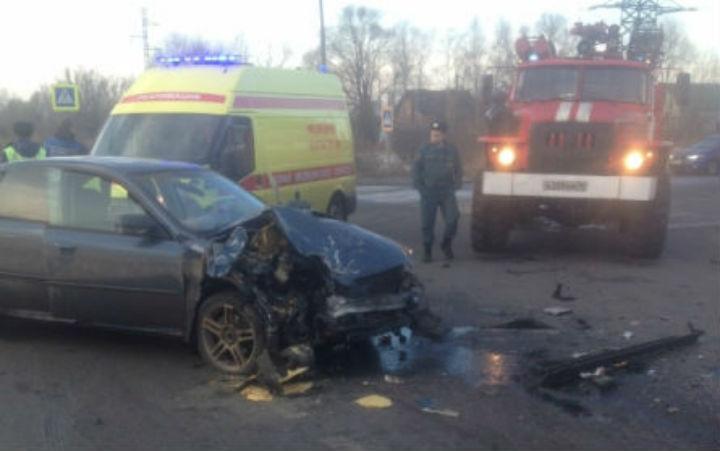 НаЮЗОД вЯрославле случилось столкновение авто спогибшим
