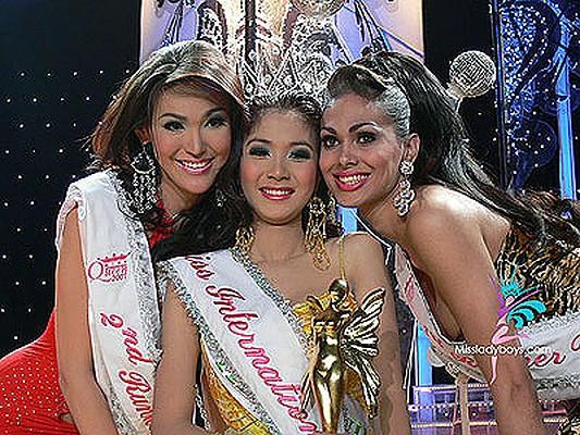 samie-krasivie-transseksuali-taylanda