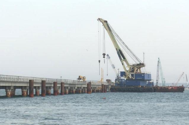 Сваи были погружены на глубину от 35 до 56 метров