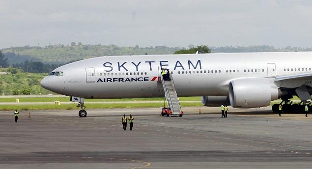 ЧП с самолетом авиакомпании Air France Фото: REUTERS