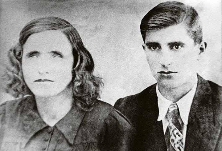 Май 1942 года. Вангелия и ее муж Димитр Гуштеров. Фото: Личный архив племянницы Ванги Красимиры Стояновой