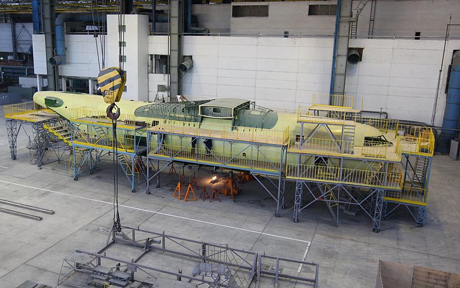 """Всемирно известный украинский авиаконцерн """"Антонов"""", выпускавший ранее самые крупные в мире самолеты Ан-124 """"Руслан"""" и Ан-225 """"Мрия"""", прекратил существование Фото: РИА Новости"""