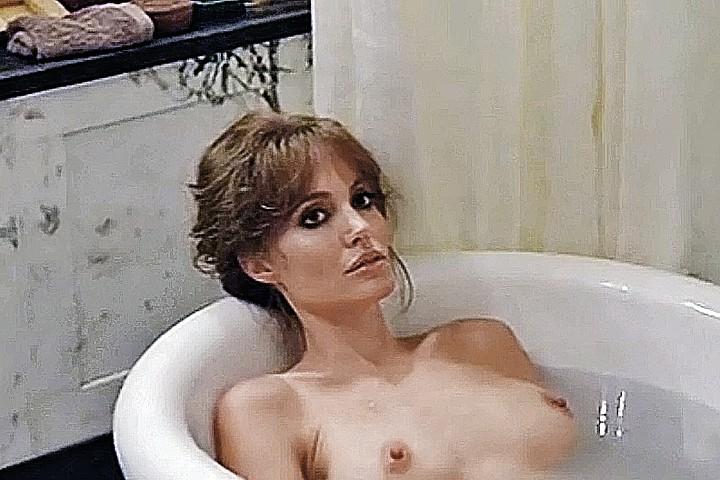 Монотонность компенсируется откровенной телесностью красивых актеров. Фото: кадр из фильма