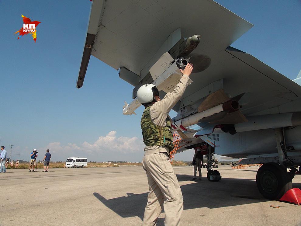 Российской авиагруппе в Сирии придется очень непросто Фото: Александр КОЦ, Дмитрий СТЕШИН