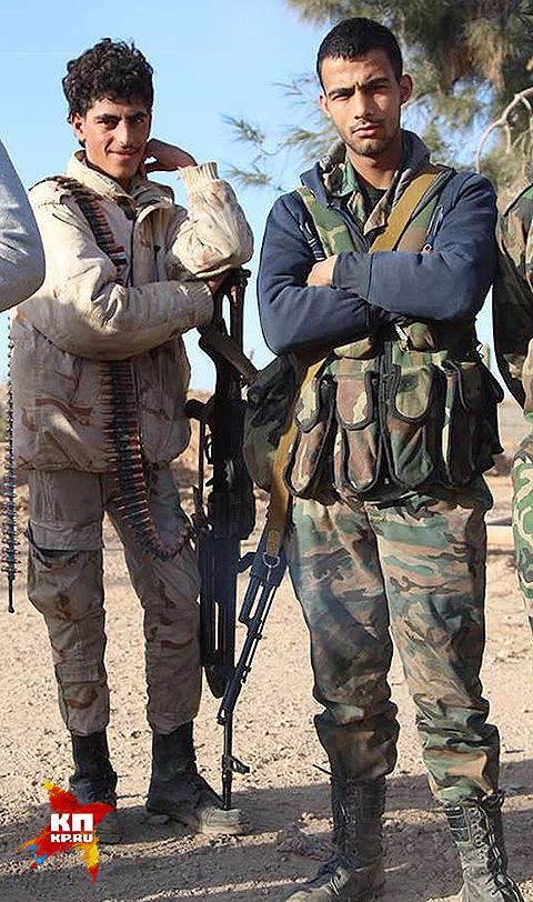 Ополченцы отряда Бухамат из племени Ашири. Фото: Александр КОЦ, Дмитрий СТЕШИН