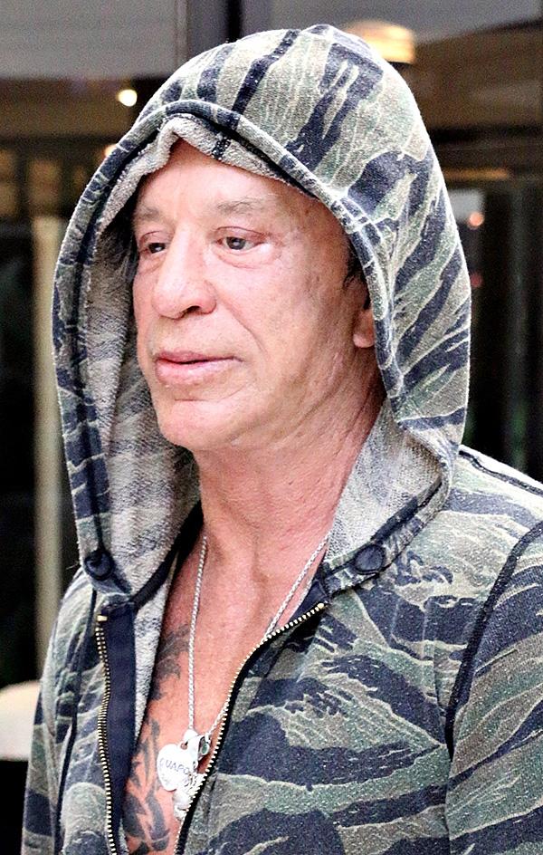 Актёру нынче идёт 64-й год. Фото: SPLASH NEWS