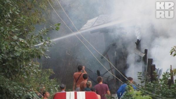 До приезда спасателей Михаил успел спасти девочку. Фото: Алексей ИВАНОВ