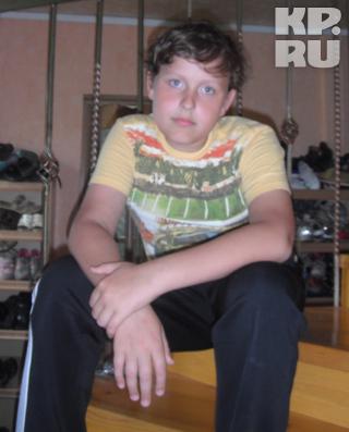 Никите Догадову 13 лет. Он мечтает связать свою жизнь с непростой наукой - химией.