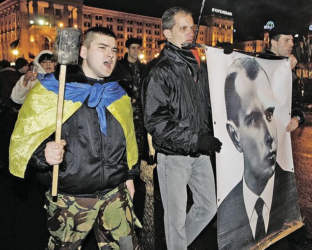 Новым героем Украины стал Степан Бандера - националист, сотрудничавший с гитлеровцами.