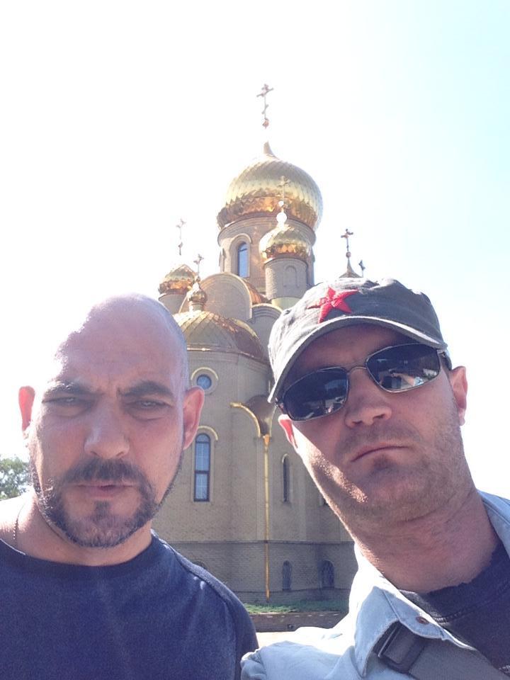 Наши спецкоры Александр Коц и Дмитрий Стешин (справа) практически живут на этой войне с самого ее начала Фото: твиттер Дмитрия СТЕШИНА
