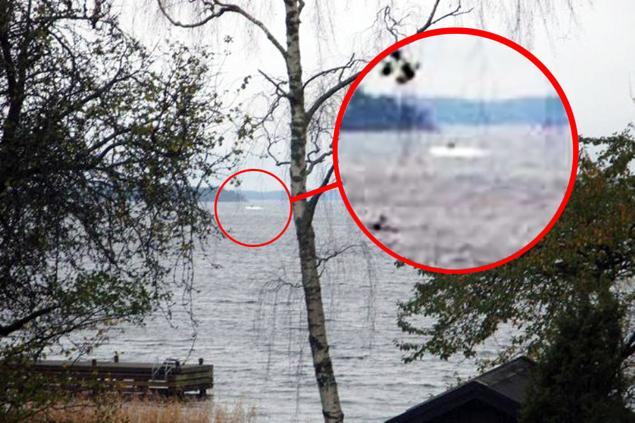 """Снимок, который шведы показывали в доказательство визита  """"подозрительного объекта"""": то ли это подводный НЛО, то ли Лох-Шведское чудовище."""