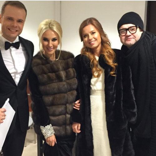 Подруга невесты Лера Кудрявцева по просьбе молодых стала ведущей праздника Фото: СОЦСЕТИ