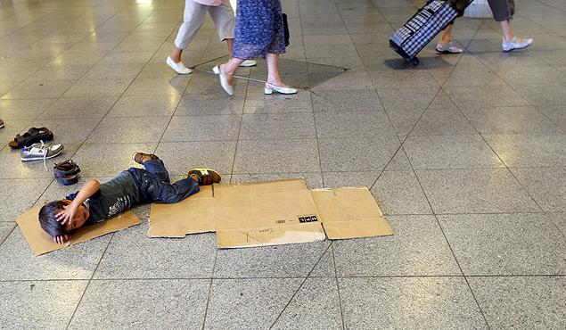 Подобные картины стали привычными для вокзалов крупнейших городов Европы. Фото: REUTERS
